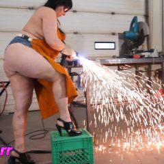 Metal Babe Gets Fucked In The Shop